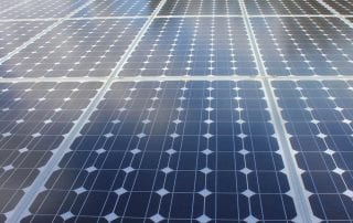 Glas Glas zonnepanelen: In dit artikel leest u de voordelen van deze innovatie op zonnepanelengebied!